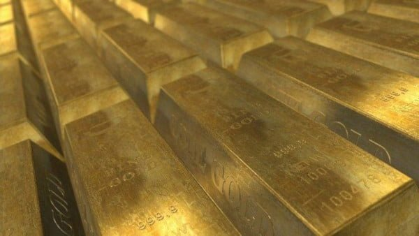 materias primas como el oro